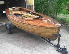 dinghy1.jpg